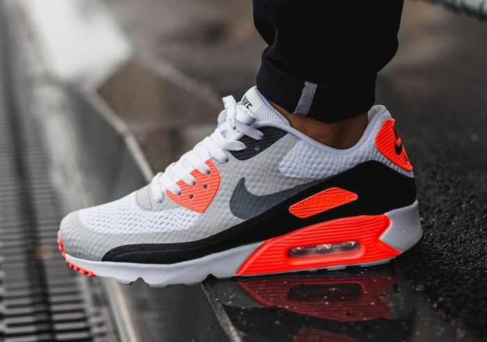 nike-air-max-90-ultra-infrared-1
